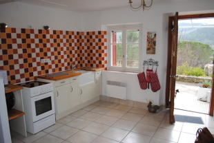 2 bed house for sale in Languedoc-Roussillon...