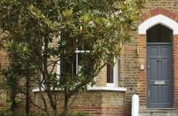3 bed Terraced property for sale in Stoneleigh Street...