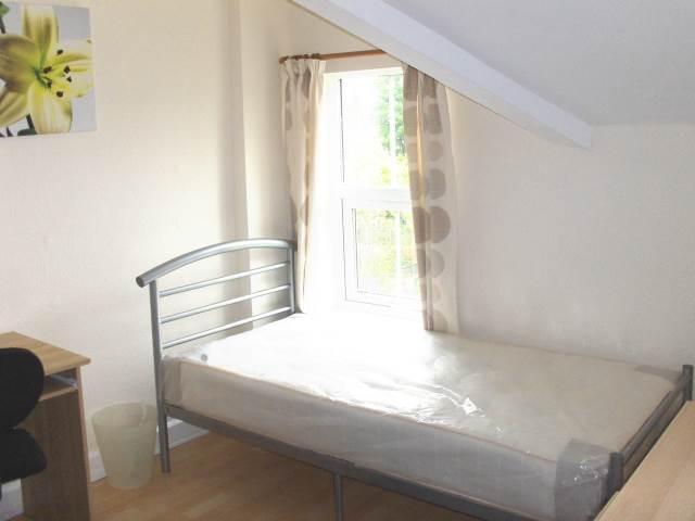 Bedroom 2 - 2