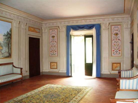 Villa Costanza Hall