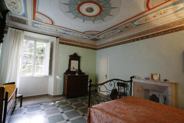 Lucca Villa Bedroom