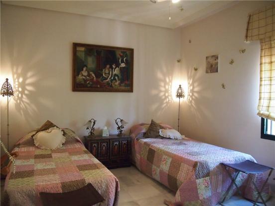 Bedroom: Marbella