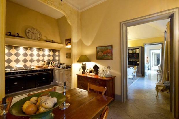 Provence Mansion