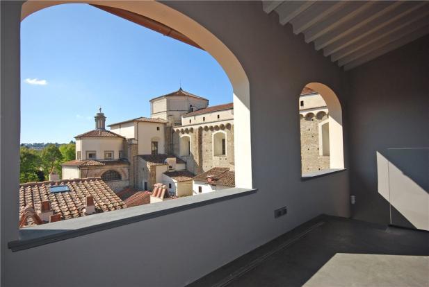 Roof Top Loggia