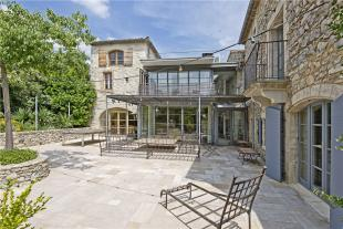 8 bedroom Detached property for sale in Languedoc-Roussillon...