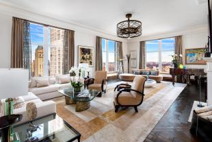 4 bedroom Flat for sale in New York, New York...