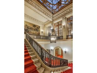 Town House for sale in New York, New York...