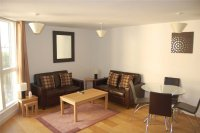 2 bed Flat in The Water Gardens, SE16