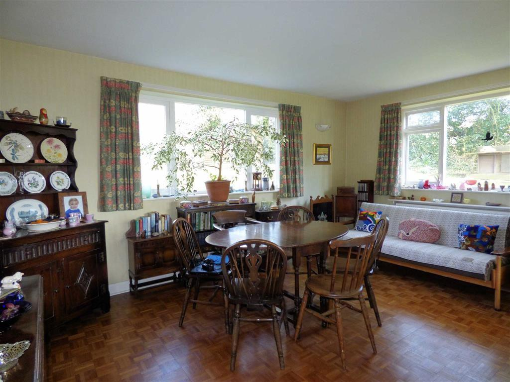 Dining Room (Open Pl