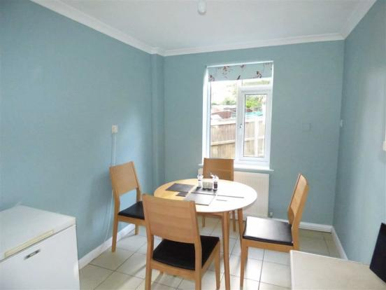 Dining Area (Pic)
