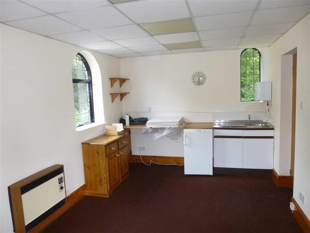 Kitchen / Meeting Ro