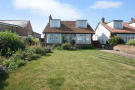 Detached Bungalow for sale in Mantling Road...