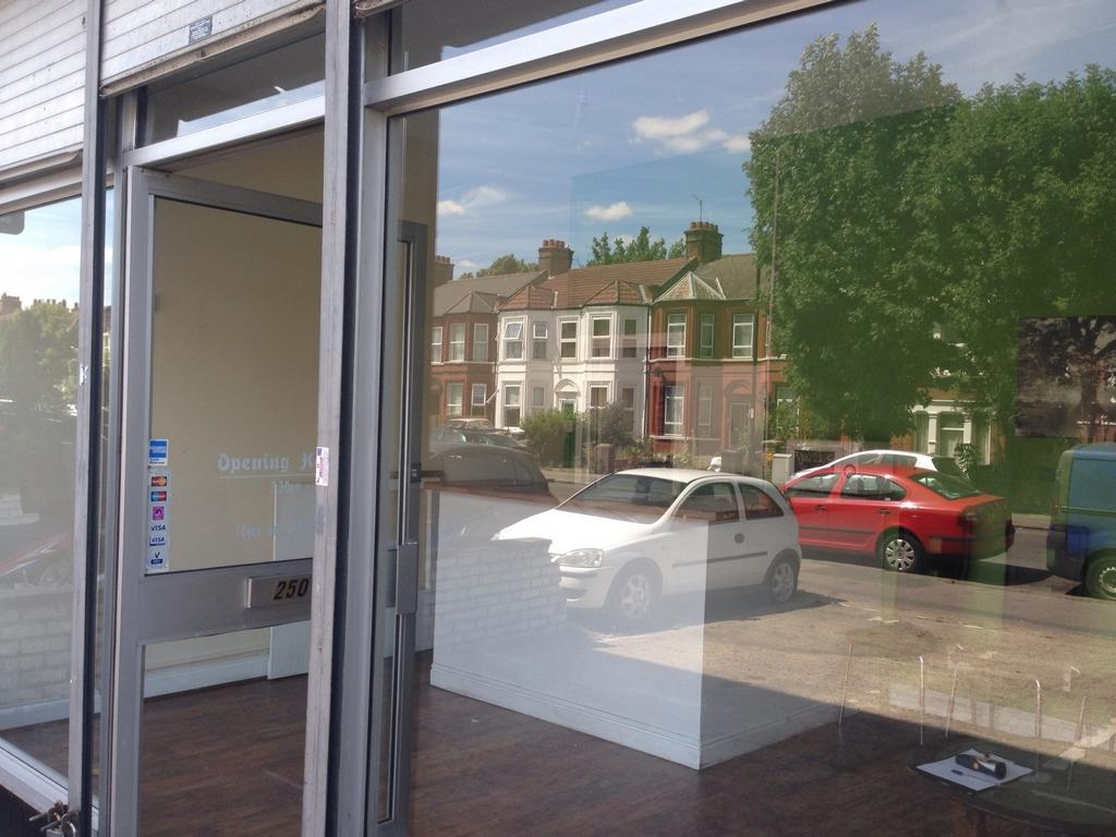 Commercial Property To Rent In Hither Green Lane Lewisham Se13 Se13