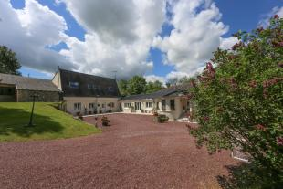 12 bedroom Detached home in Villers-Bocage, Calvados...