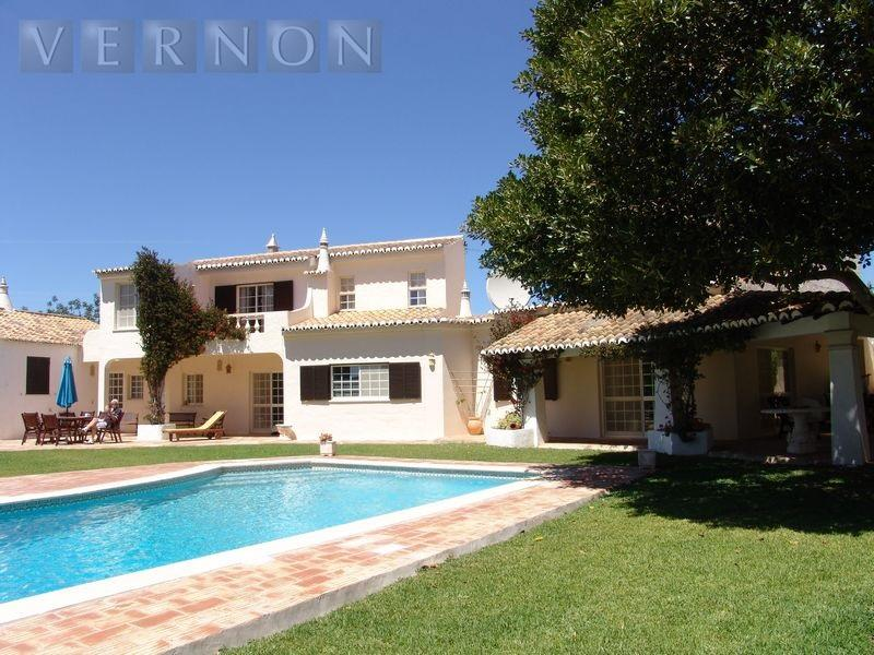 Villa for sale in Lagoa - Fontes -...