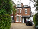 Ground Flat to rent in Great North Road, London...