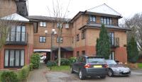 2 bed Flat to rent in Ludlow Road, Maidenhead...