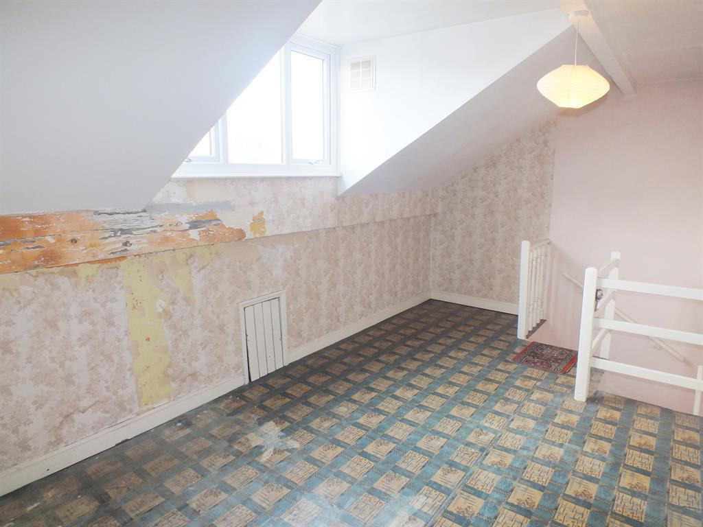 Attic Bedroom1