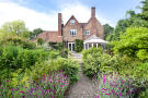 6 bed Detached home for sale in Marden, Kent TN12