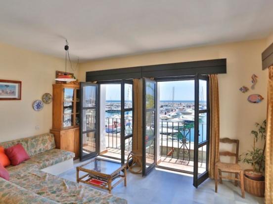 Lounge and views