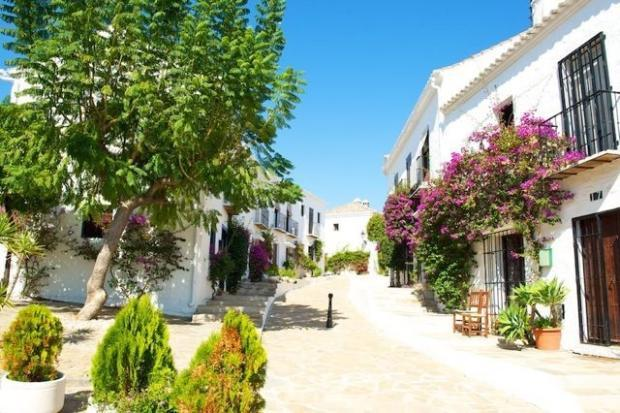2 bedroom Town House in Andalusia, Malaga...