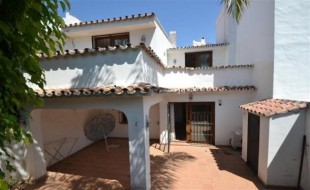 2 bedroom Town House for sale in Andalusia, M�laga...