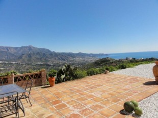 Villa for sale in Andalusia, M�laga, Torrox