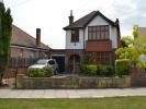 4 bedroom Detached house in Green Walk, Southall, UB2