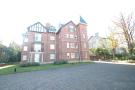 3 bedroom Flat to rent in Westcliffe Road...
