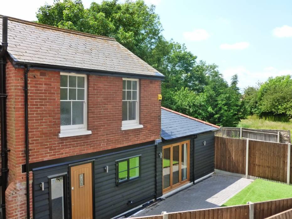 2 Bedroom House To Rent In Bell Lane Staplehurst Kent TN12 0BB TN12