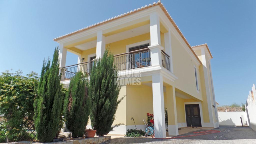 Villa for sale in Algarve, Lagos