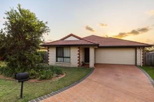 4 bed home for sale in 10 Winifred Street...