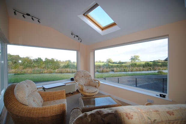 Panoramic sun room
