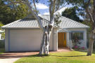 3 bed property in 50 Tasman Road...