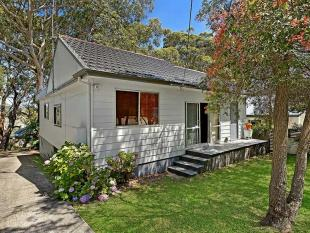 3 bed home in 151 Bateau Bay Road...