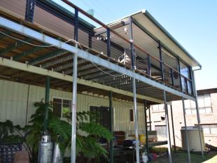 5 bedroom home for sale in 48 Tenanne Street...