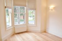 2 bedroom Flat in Grange Park, London, W5