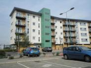 Flat to rent in Parkhouse Court...