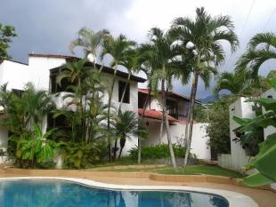 6 bedroom Villa for sale in NULL