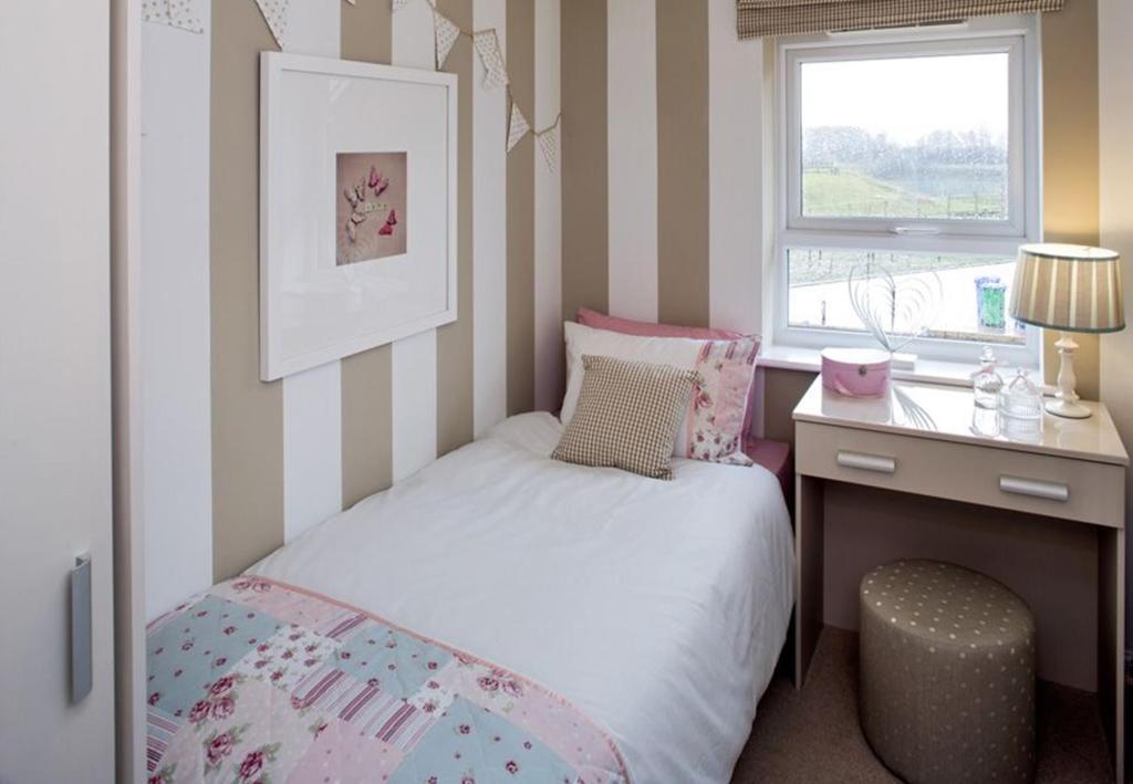 Barwick bed 3