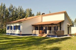 3 bed home for sale in Estremadura...
