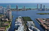 Apartment in Aventura Waterfront...