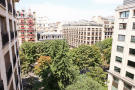 View Eiffel Montaigne Paris