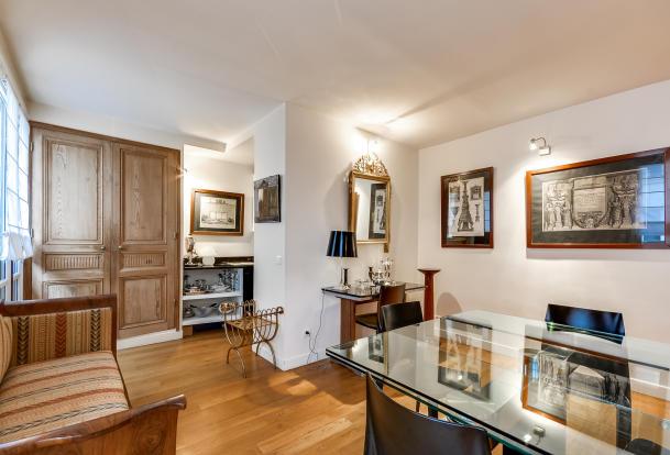 Dining room wood floor Rue Jean Mermoz Paris