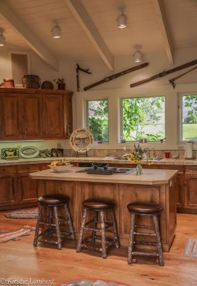 Kitchen wood floor breakfast bar island EE-DA-HO Ranch Arizona