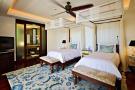Bedroom twin wood floor fan Four Seasons Seychelles