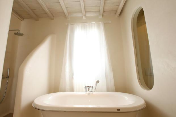 Bathroom shower bath tub Fanari Mykonos