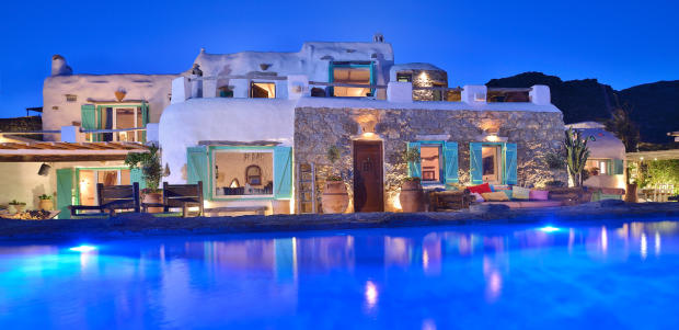 Rear facade swimming pool Lia Mykonos