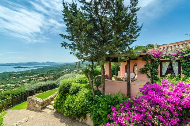 Garden view rear facade Villa  Li Liccioli Sardinia