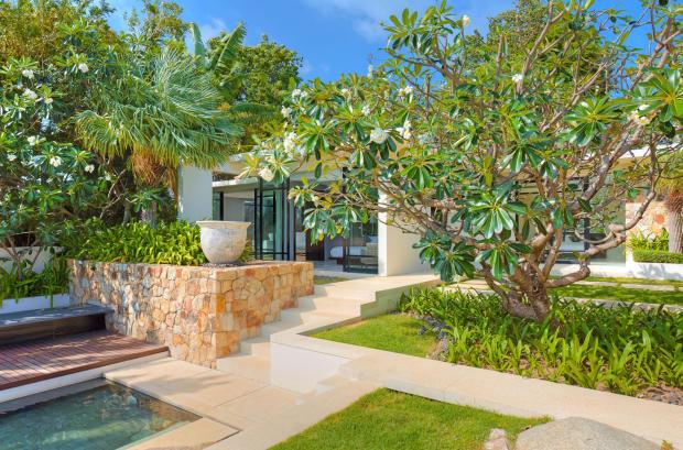 Rear garden facade Villa Vista Samujana Thailand